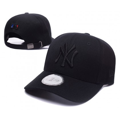 New Era New York NY Yankees Unisex Baseball Cap with adjustable strap (Full Black)