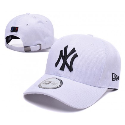 New Era New York NY Yankees Unisex Baseball Cap with adjustable strap (White Black)